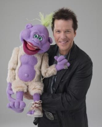 Jeff Dunham and Peanut (credit: Levity Entertainment)
