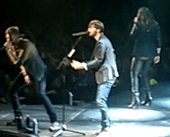 Lady Antebellum live in Amherst