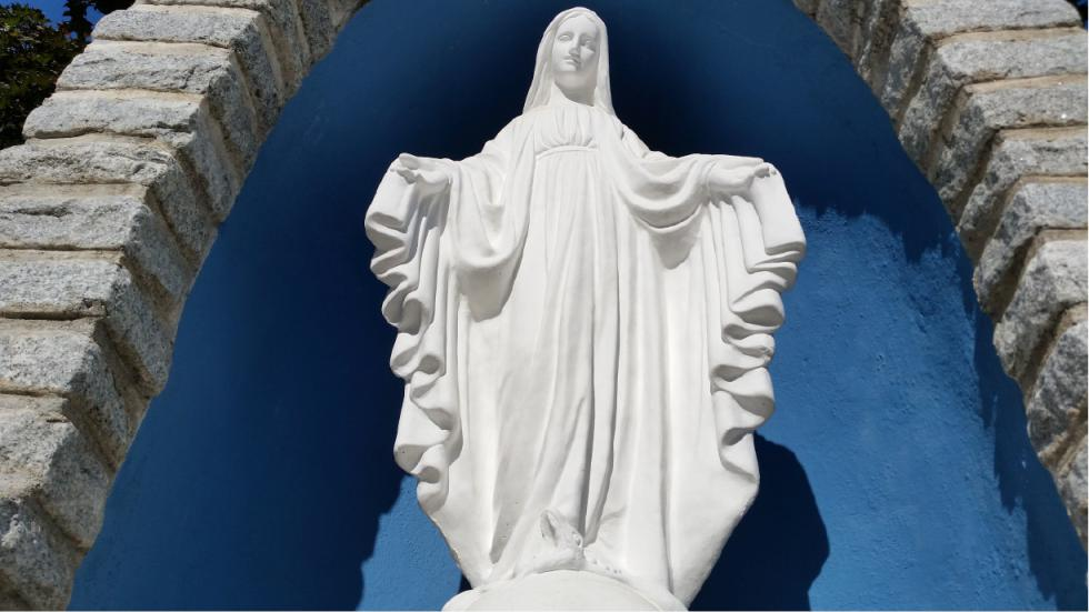 My Favorite Walk: An Occasional Pilgrimage to St. Thomas the Apostle Church in West Springfield