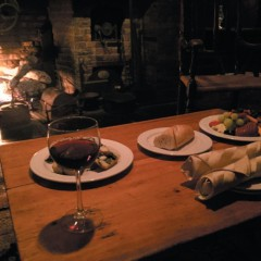 Snug 'n' Glug: Local restaurants and bars with cozy fireplaces