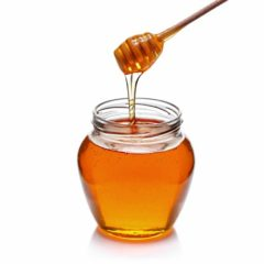 Oh, Honey: Can spoonfuls of the all-natural sweet stuff help ward off allergies?