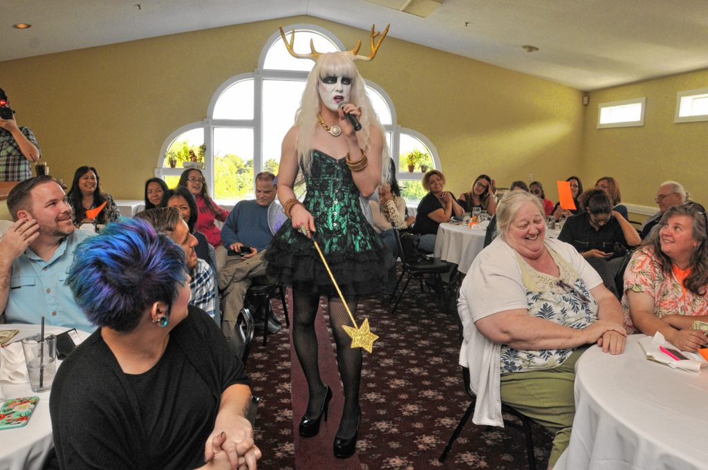Hors D'oeuvres introduces the next performer at Drag Brunch at Slainte in Holyoke. Carol Lollis photo.