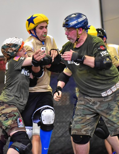 Pioneer valley roller derby open to more than just fierce females right with dirty dozen block rumble foreskin from capital district trauma authority getting through during a pioneer valley roller derby double header fandeluxe Image collections