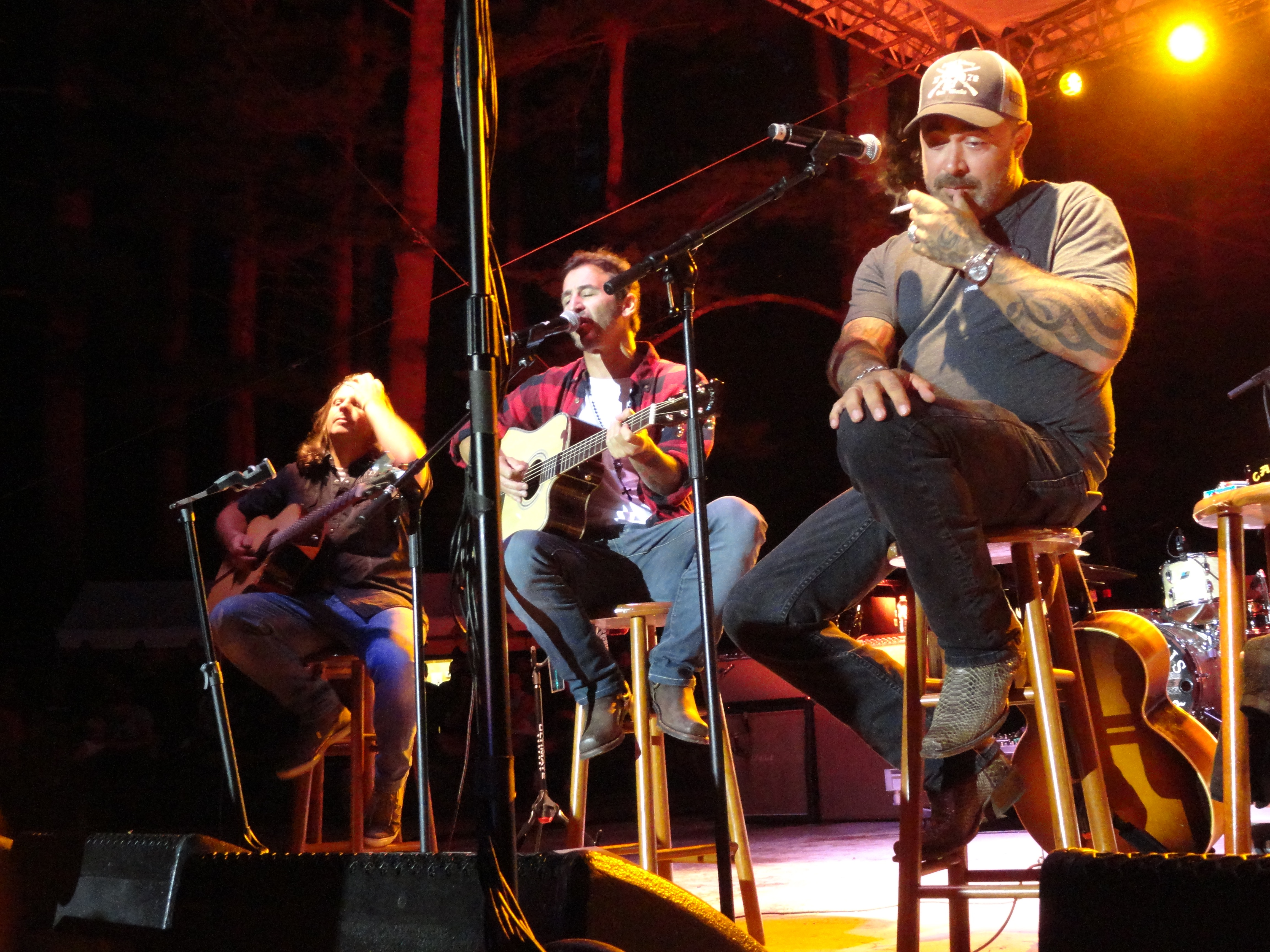 valley show girl a jam session in the forest with staind singer
