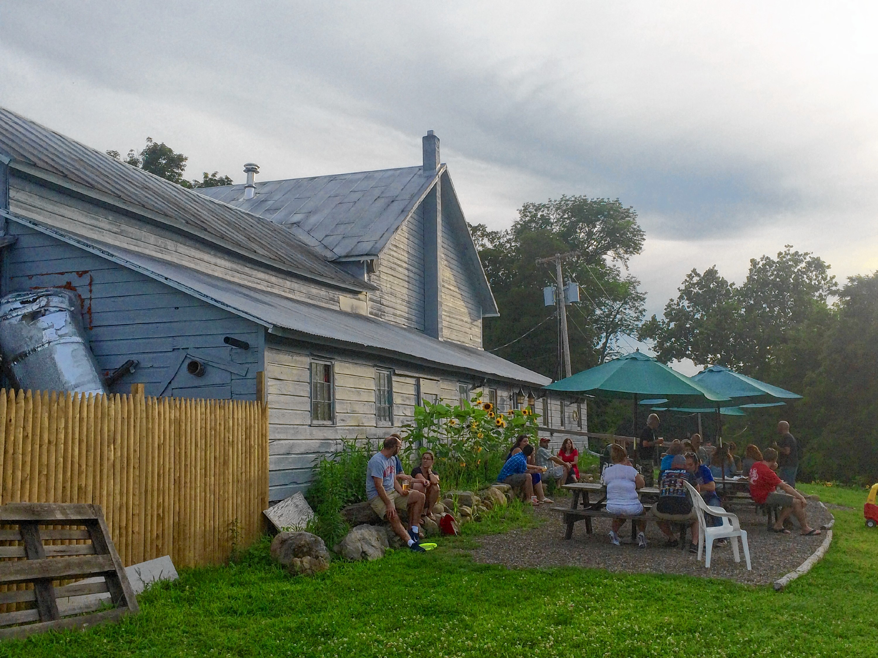 Beerhunter Roadtrip The Hudson Valley Utter Buzz Fix Delta Monitor Shower Faucet 800x800jpg Apps Directories Vibe At Sloop Brewing Co Just Five Minutes Down Road In Elizaville New York Is Less Formal Now Operates Out Of Vosburgh Orchards A Move