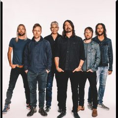 Foo Fighters' Concrete and Gold is Celestial Smash