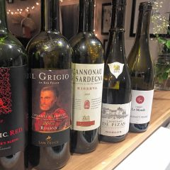 Monte Belmonte Wines: An AFC Championship 5-Bottle Wine Snob Quiz with Mesa Amy