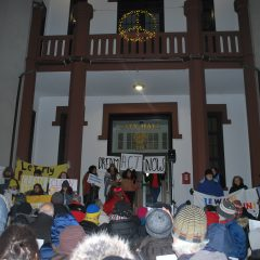 Western Mass Dreamers and Jewish community rally in Northampton to support DREAM Act