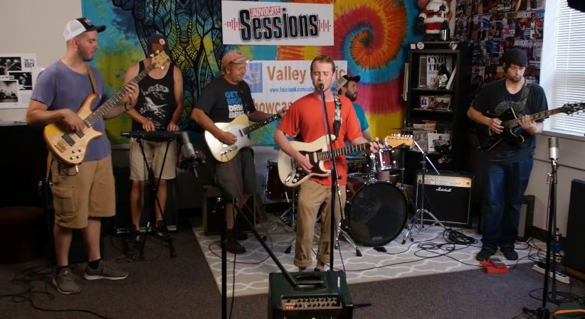 Quincy on the Valley Advocate Sessions Stage