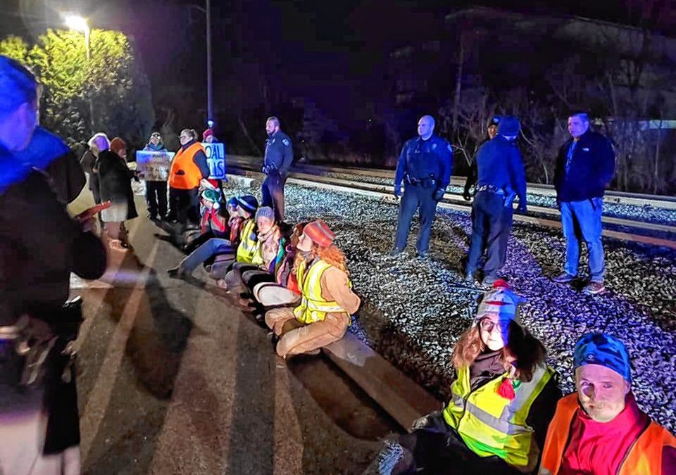 Local activists participate in coal blockade aimed at shutting down NH facility